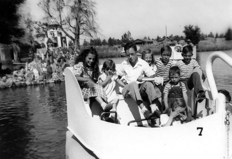 swanboats_1950s
