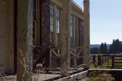 Abandoned schoolhouse in Fort Klamath Oregon
